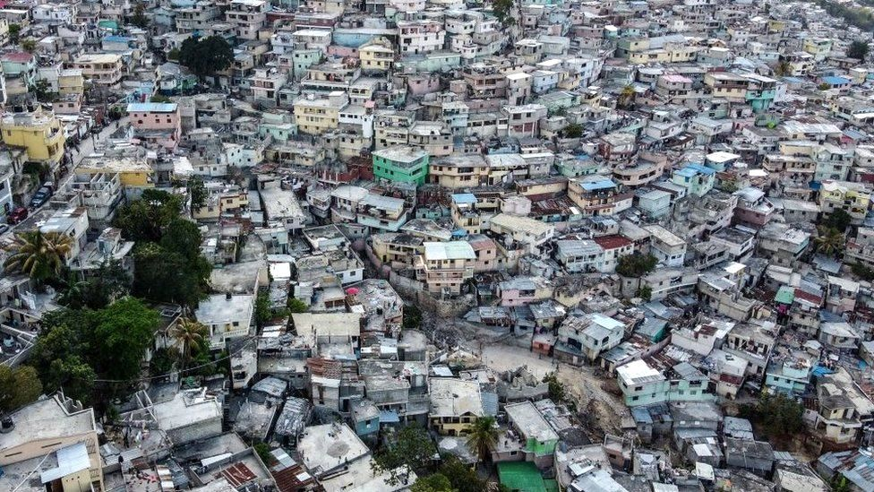 Haiti: US Christian missionaries kidnapped in Port-au-Prince - reports